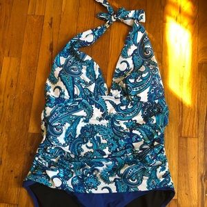 Women's Chaps swimsuit NWT excellent condition
